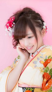 girl tomoka 169x300 - [Android & Kotlin] 全画面モードの systemUiVisibility (API29まで)